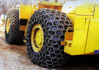 Produzione catene da neve per trattori ed escavatori erlau for Catene arredamento