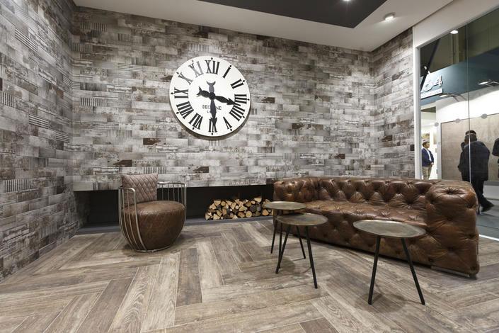 Ceramic Fair for Interior Decoration