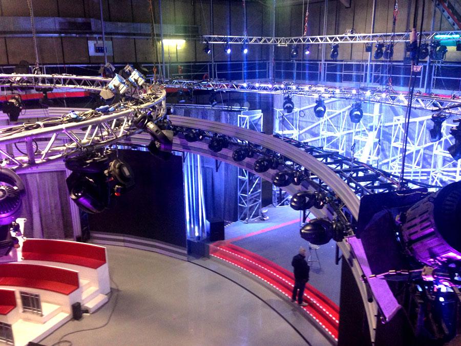 Noleggio gruppi illuminanti per studi tv e apparati scenoluminosi EVOLED