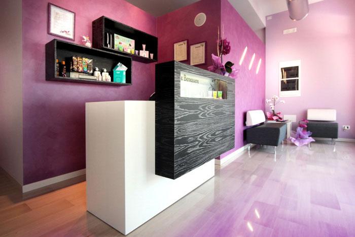 Progettazione arredi per istituti di bellezza easy flair for Arredamento reception estetica