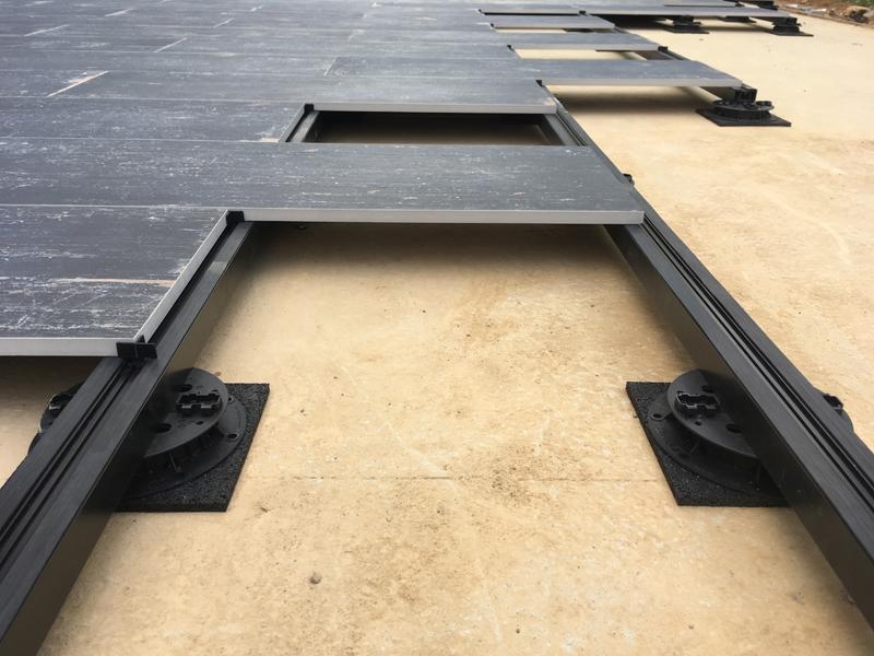 Supporti regolabili pavimenti sopraelevati U-BRS BUZON – METROKUADRO
