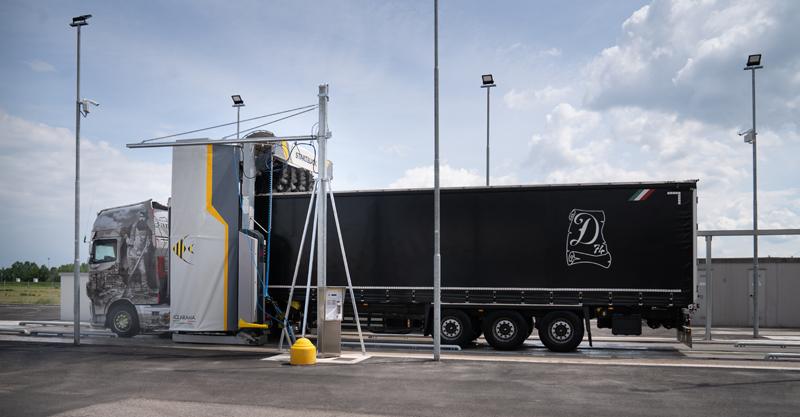 Portali di lavaggio per veicoli industriali