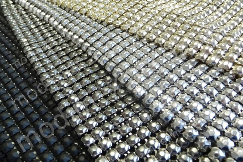 Maglie metalliche in alluminio per abbigliamento