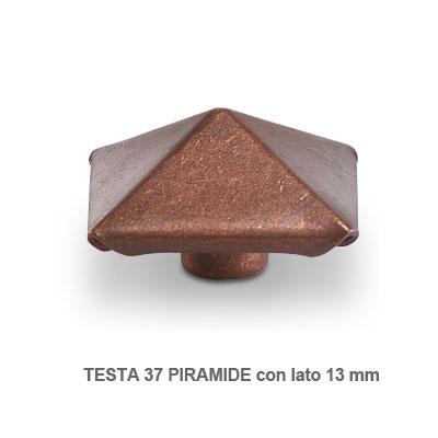 Borchie piramidali da 13 mm