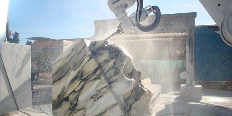 Robot per lavorazione marmo