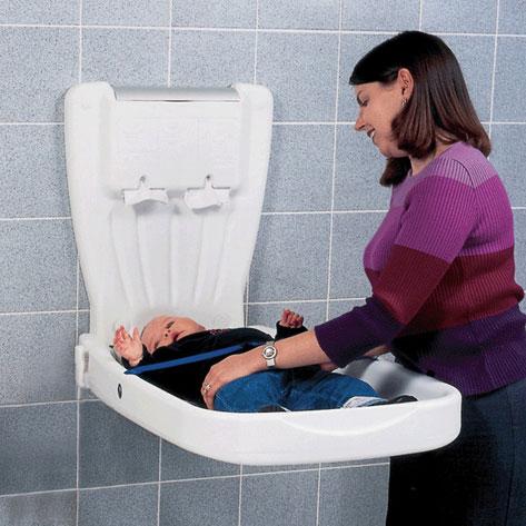 Fasciatoio da parete e seggiolino richiudibile top project hotel - Fasciatoio da bagno ...