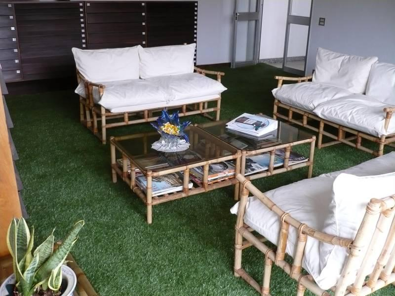 Fake grass lounge