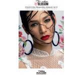 Long lasting luminous make-up products The Urban Blossom