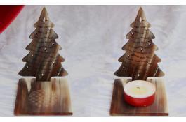 Decorazioni natalizie realizzate in corno