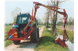Decespugliatrice 3 bracci DP800
