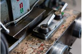 Accessori e ricambi macchine per cucire industriali