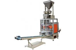 Packaging machine with dosing cups