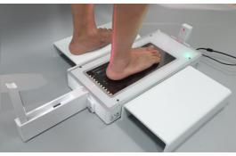 Scansione del piede con scanner laser 3D