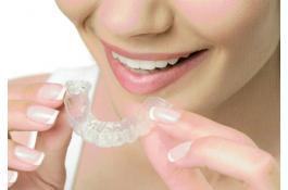Allineatori dentali trasparenti removibile Isobite