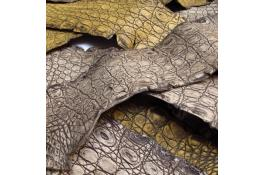 Pelli di caimano, Fianchi di caimano
