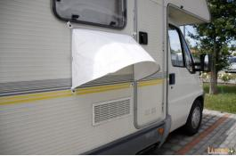 Tende parasole per camper e caravan: tendine per finestre, parafrigo e tendalini