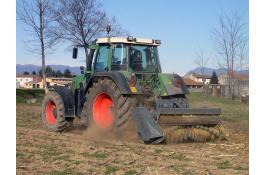 Trinciatutto forestale per trattori