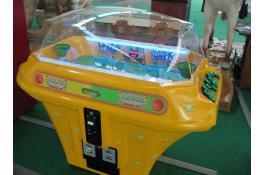 Electromechanical basketball for games room