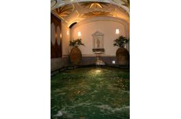 Materiale autoportante per realizzazione piscine Styreps