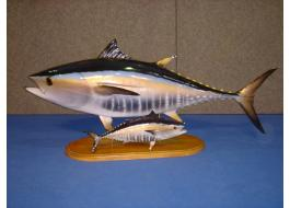 Production trophies for fishing