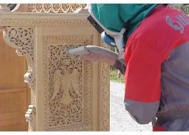 Produzione attrezzature per pulizia legno