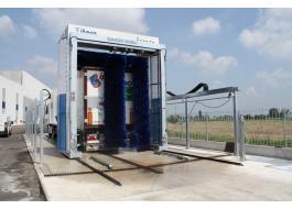 Portale lavaggio veicoli industriali Omega Wash