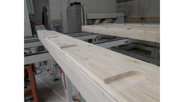 Center for cutting wooden roofs