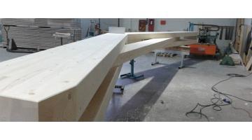 Servizio taglio tetti in legno