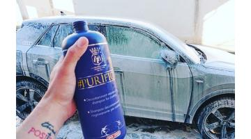 Professional shampoo for car cleaning