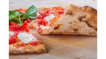 Base pizza artigianale pronta da condire