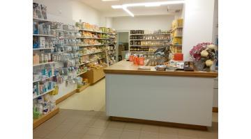 Arredo completo per farmacie Veneto