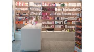 Arredamento completo per farmacie Veneto
