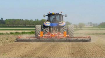 Produzione erpici per lavorazione terreno
