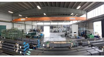 Commercio barre quadre in AVP e alluminio