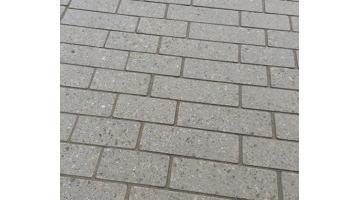Fuganti in sabbia polimera per pavimentazioni