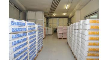 Production of special flours for pizzeria
