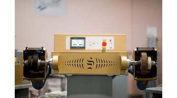 Macchine per rifinitura articoli pelletteria