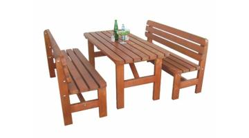 Tables and benches for outdoor use in solid wood