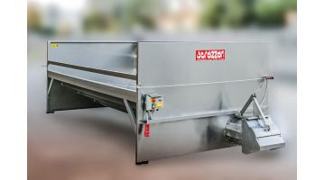 Hopper for grapes with direct discharge