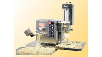 Machinery manufacturing pasta