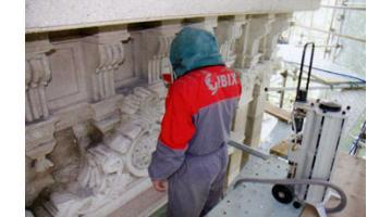Sabbiatrici per restauro conservativo monumenti