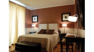 Tessuti ignifughi per camere albergo