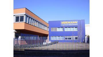 Portoni e basculanti per case passive Hormann