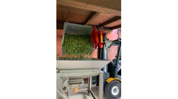 Rovesciatore idraulico per elevatori industriali