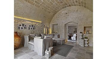 Soluzioni d arredo in pietra leccese bianco cave for Pietra d arredo