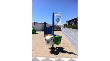 Isole ecologiche: Contenitori portarifiuti per la spiaggia