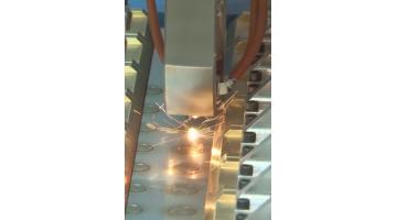 Laser compatto per piastre di scambio termico