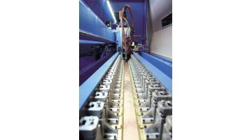 Laser in fibra per produzione piastre di scambio termico
