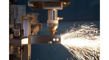 Sistema taglio laser tubi metallici