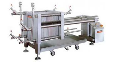 Macchine per filtrazione birra con filtro a piastre per cartoni